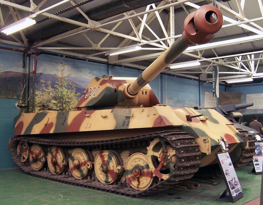 "Танк ""Королевский тигр"": http://pro-tank.ru/bronetehnika-germany/tyagelie-tanki/148-t-6-korolevskiy-tigr"
