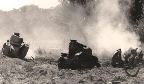Три танка Renault FT-31