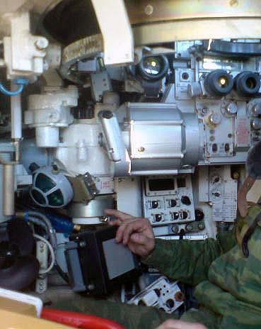 اصلاح الدبابات والمدرعات  T-90_06-vn